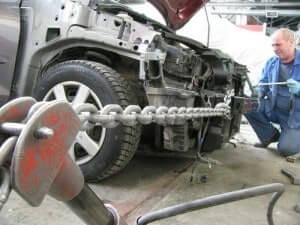 Вытягивание кузова автомобиля после ДТП