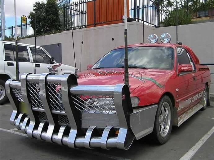 В некоторых странах нет ограничений по установке силовых дуг (кенгурятников), на автомобиль