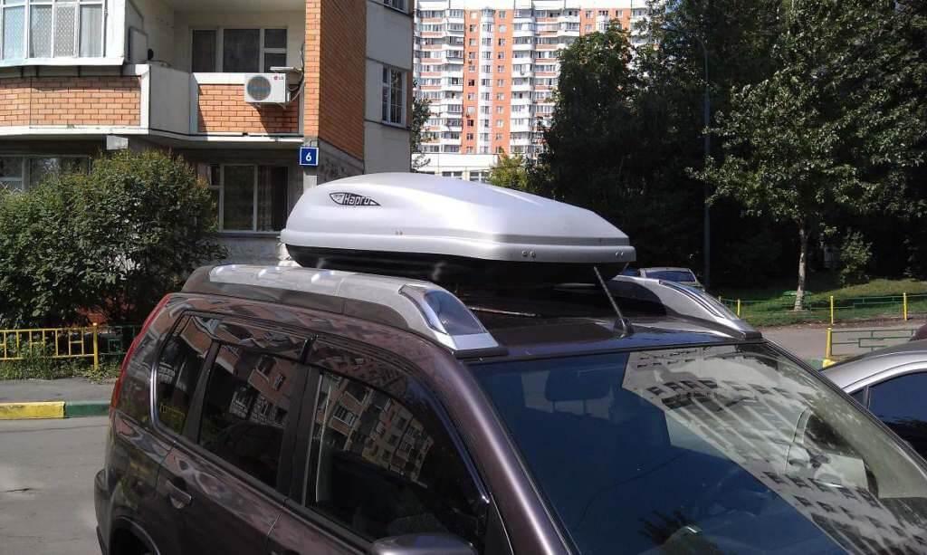 Багажник с боксом и фонарями Nissan X-Trail T31