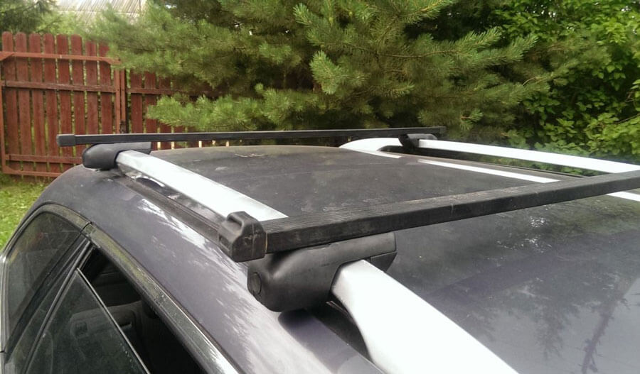 Поперечные дуги на крыше автомобиля