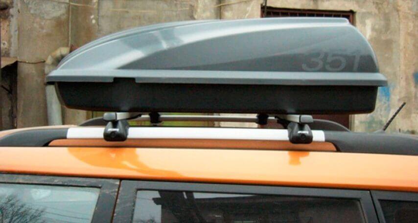 Автомобильный бокс Atlant на крыше автомобиля