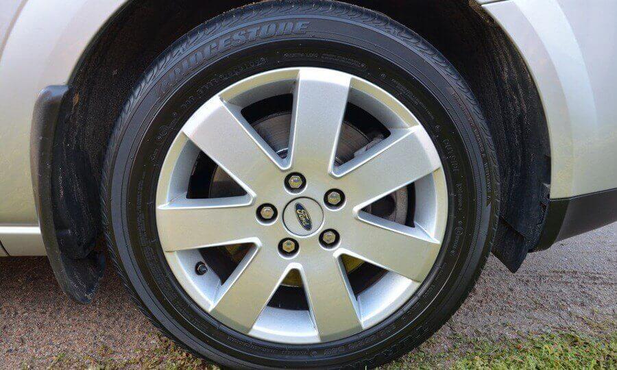 Заглушки литых колесных дисков