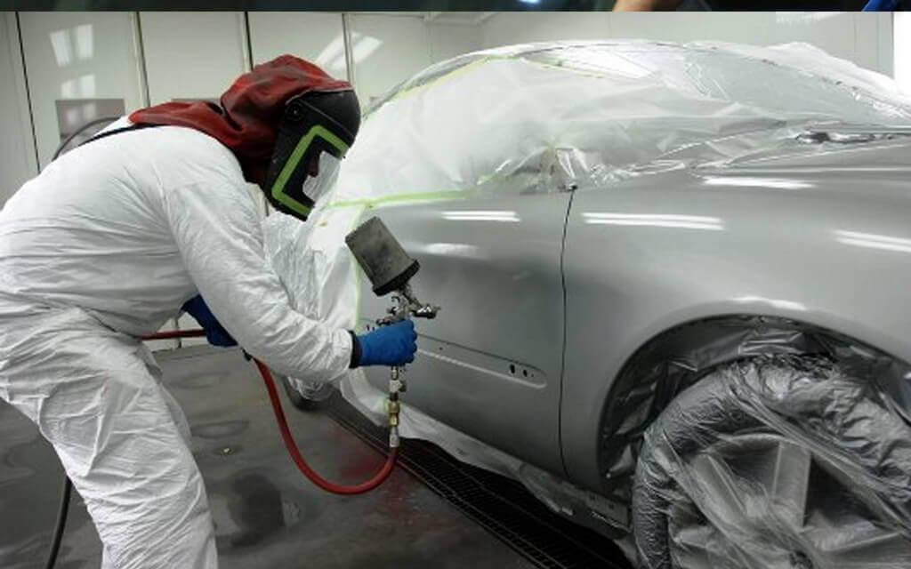 Нанесение краски на машину