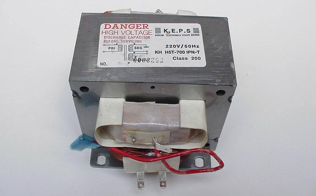 Трансформатор для аппарата точечной сварки