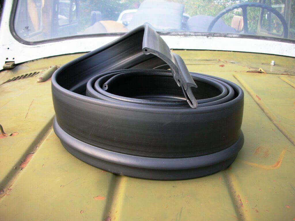 Резиновые расширители колесных арок