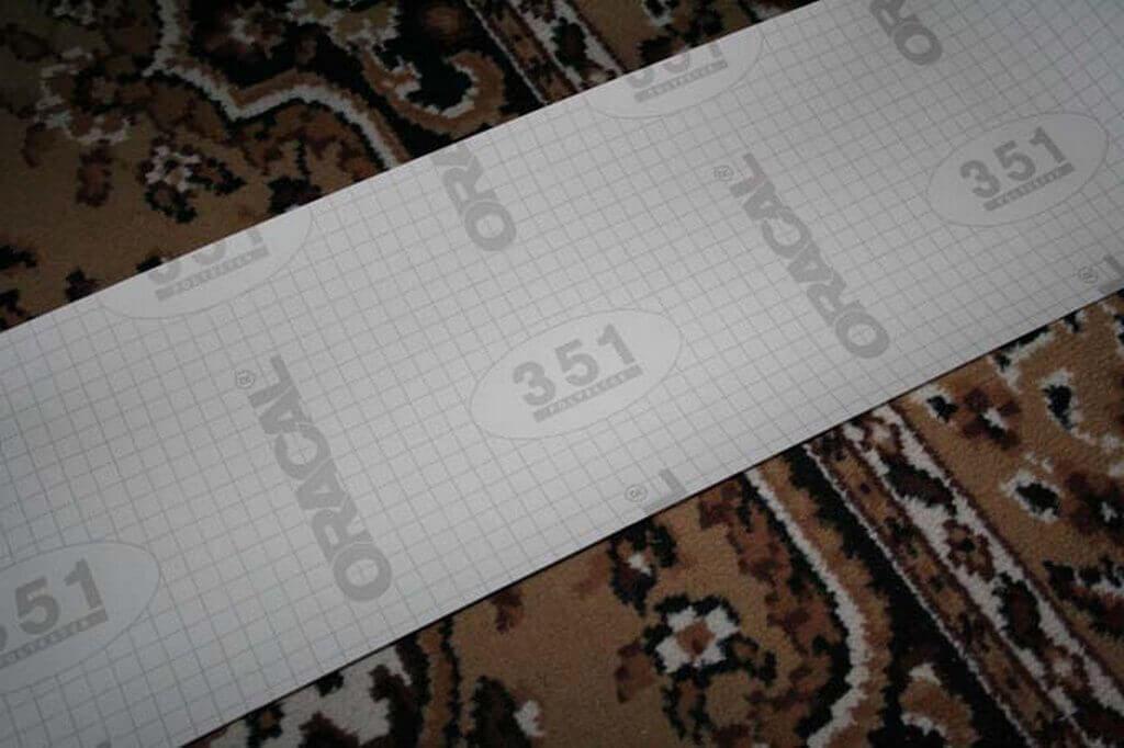 Восстановление отражателя при помощи пленки марки Oracal
