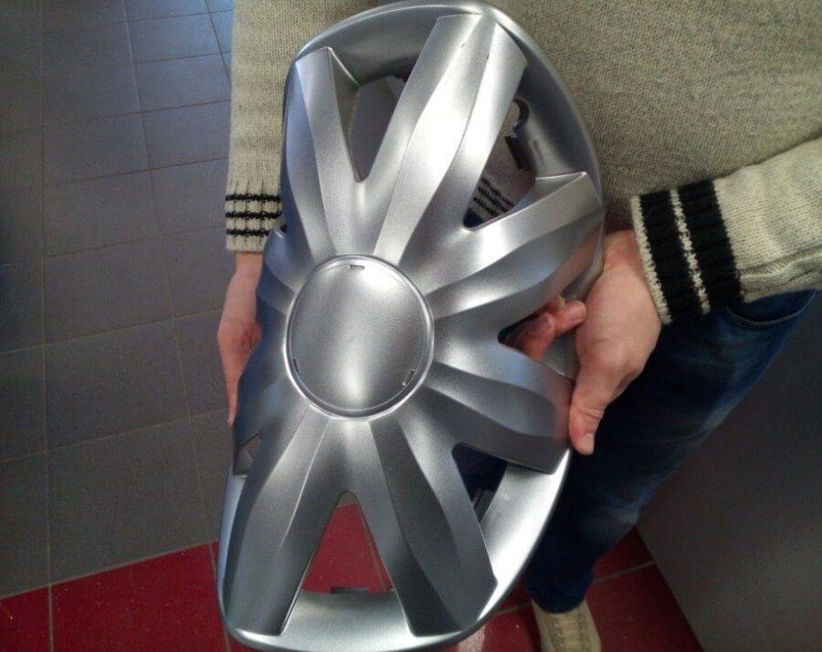 Накладки на колесные диски из мягкого пластика