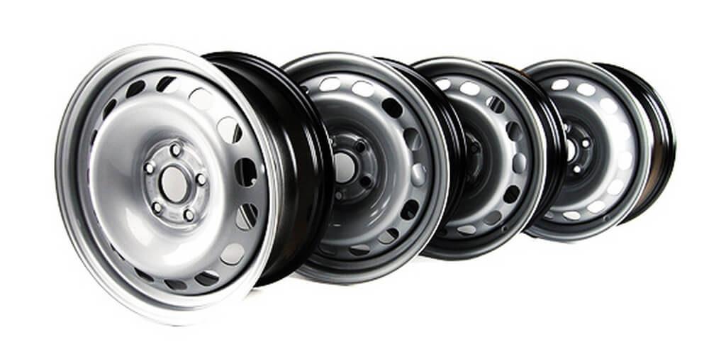 Штампованные колесные диски для машины