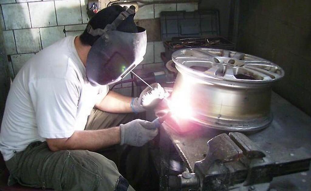 Ремонт дисков при помощи сварки аргоном