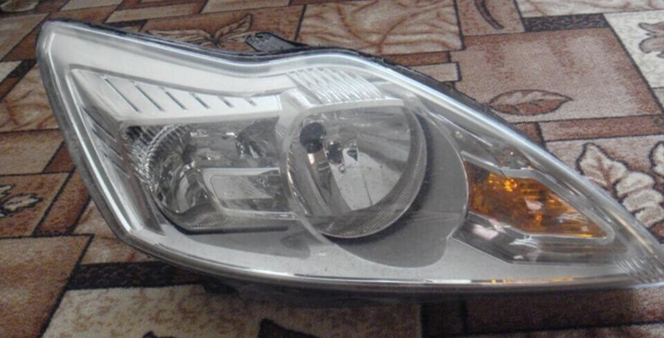 Передняя фара Форд Фокус 2