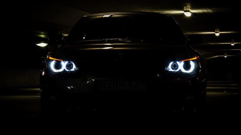 Стоит изменить свет или форму оптики – сразу меняется и внешний вид автомобиля