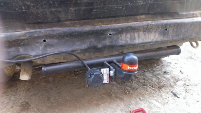 Следующий этап заключается в подключении тягово-сцепного устройства