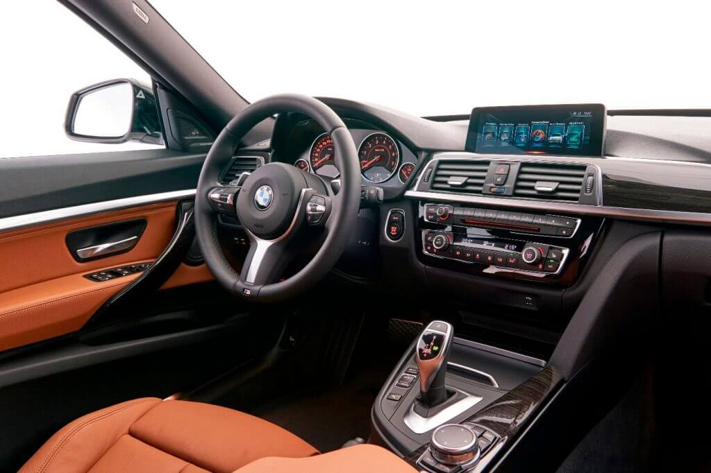 Interior BMW 340i Gran Turismo (F34) '2017