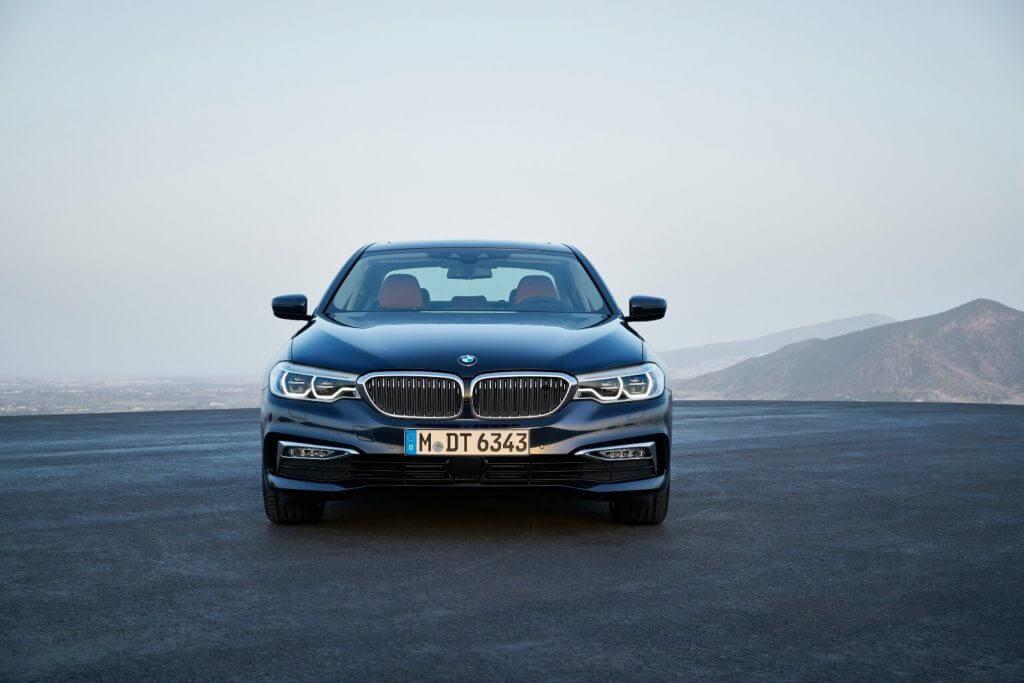 BMW 5 Series (G30) '2017