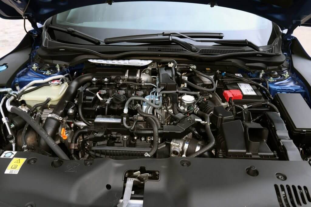 Under the hood Honda Civic Hatchback Worldwide (FK) '2017