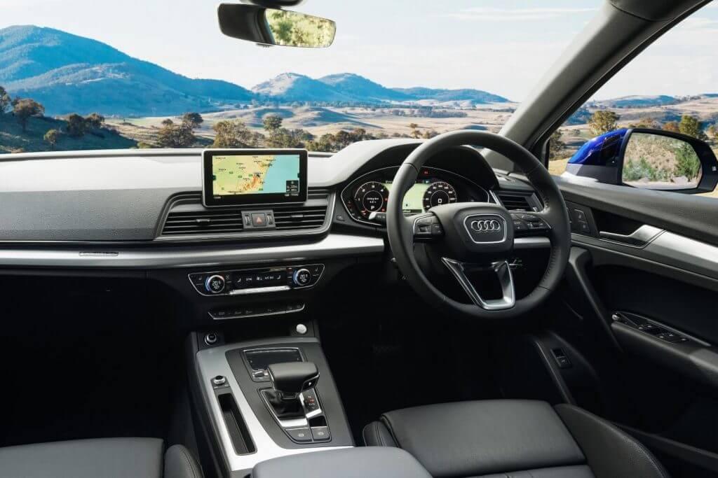 Front panel 2018 Audi Q5 2.0T quattro