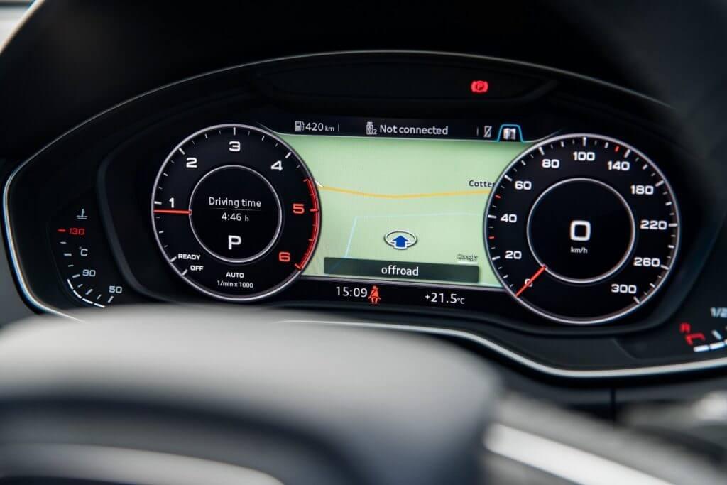 Панель приборов 2018 Audi Q5 2.0T quattro North America '2017