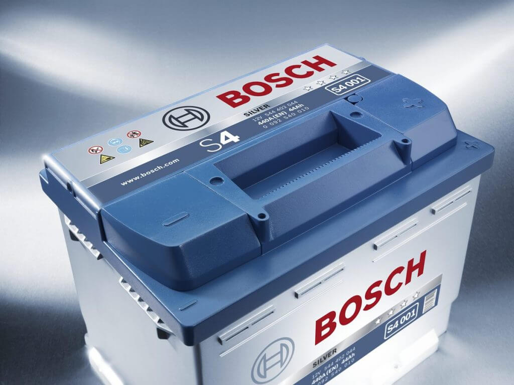 Аккумулятор автомобильный Bosch S4