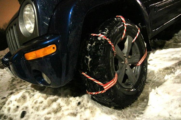 Стягивание колеса веревкой
