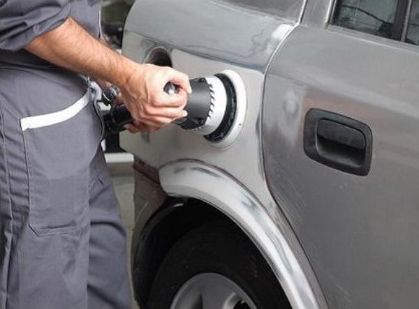 Выравнивание поверхности авто после шпатлевки