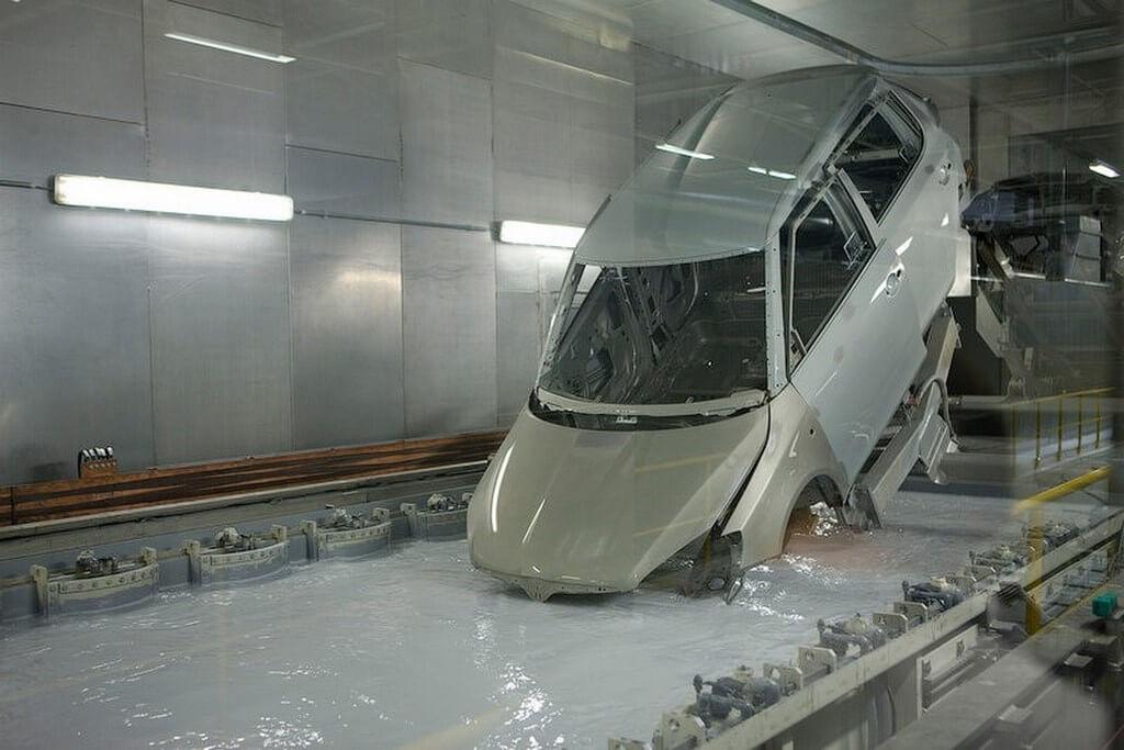 Оцинковка автомобиля в ванной