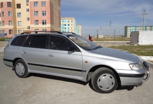 Авто Toyota Caldina