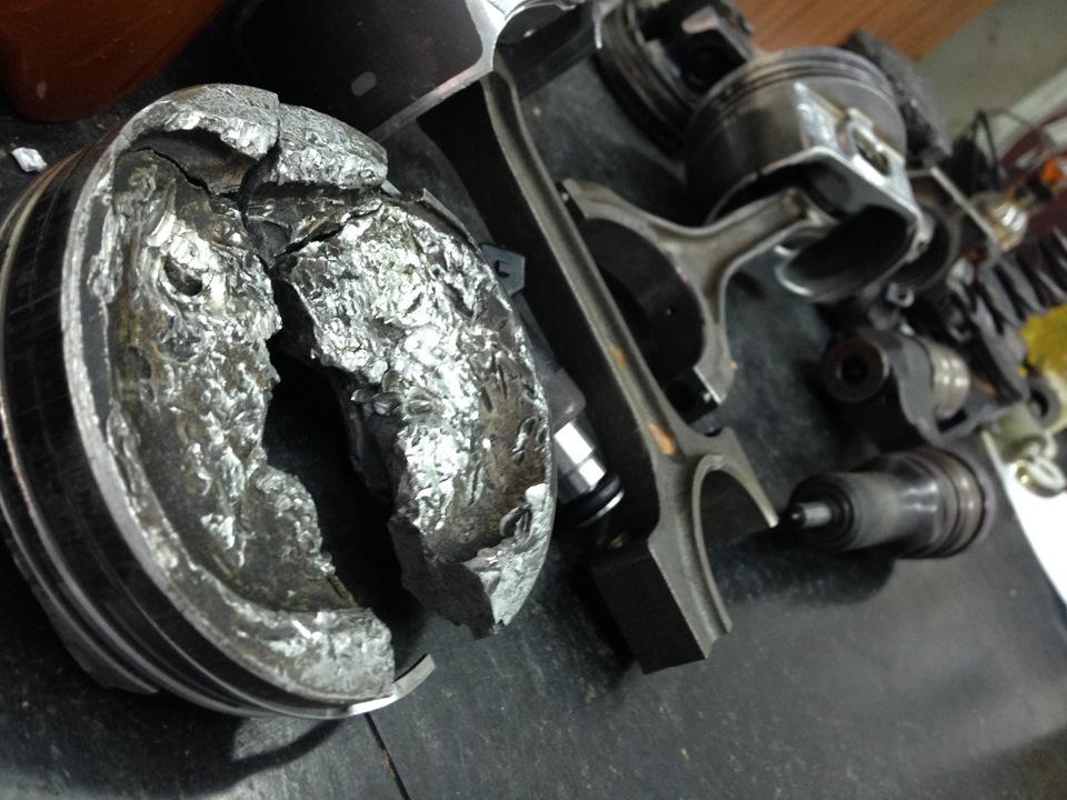 Оплавленные кольца двигателя
