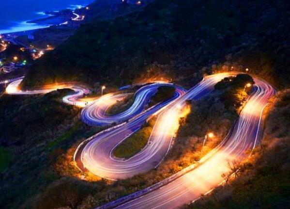 Горная дорога ночью