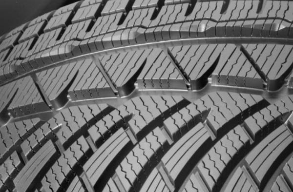 Протекторы зимней шины