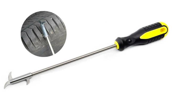 Крюк для извлечения камней из шин
