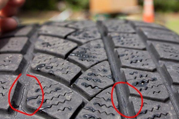 Трещины на покрышке авто