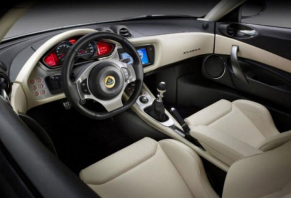 Руль и панель управления Lotus Evora