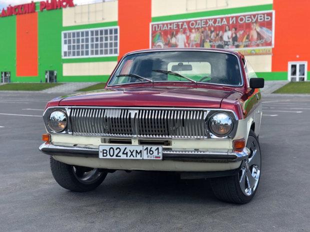 Восстановленный ГАЗ-24 красно-бежевый