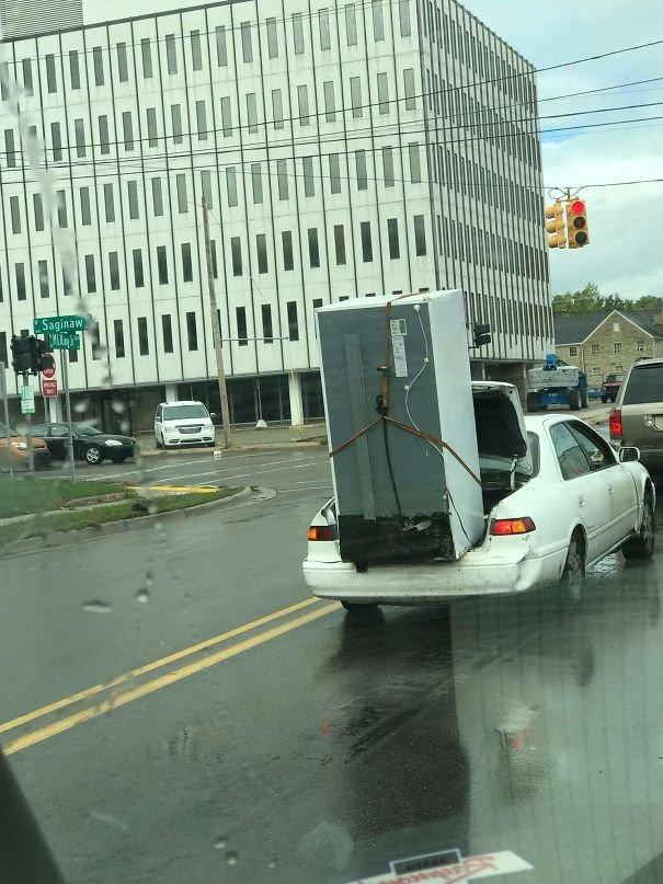 Холодильник в легковом авто