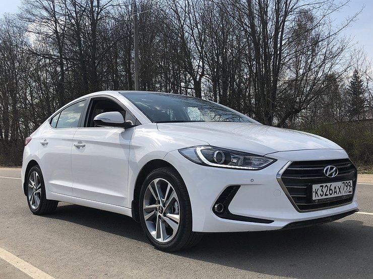 Белый Hyundai Solaris