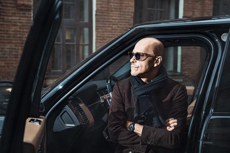 Федор Бондарчук в автомобиле