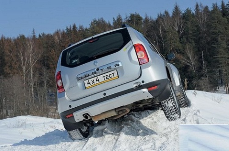 Рено Дастер на снегу