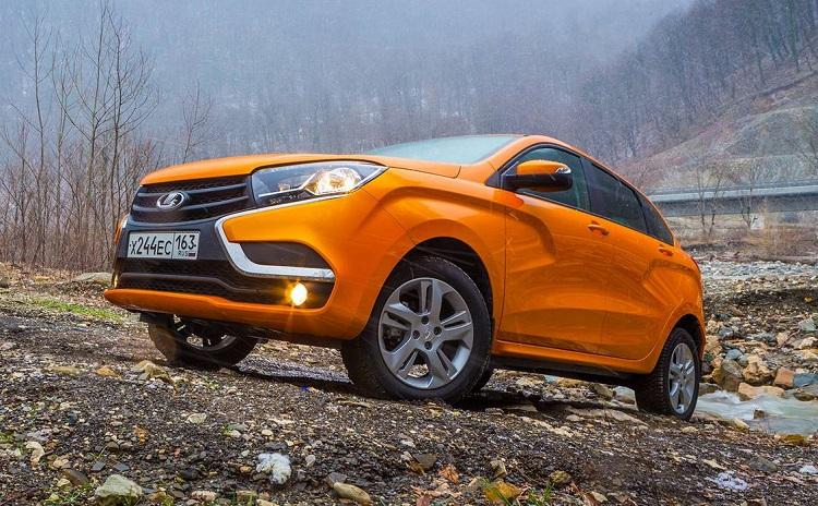 Оранжевая Lada X-RAY