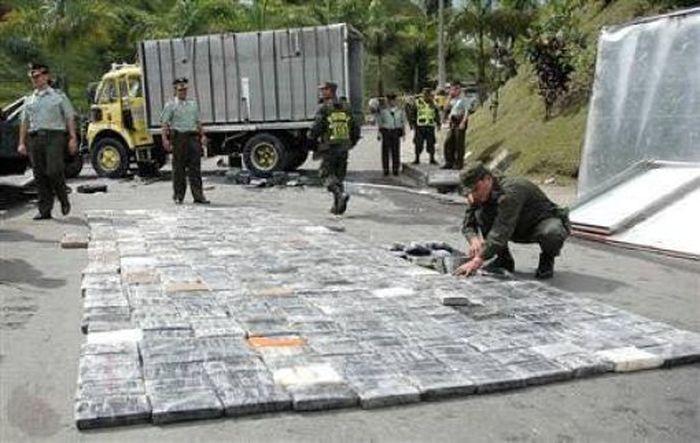 Потерянный кокаин на трассе Колумбии