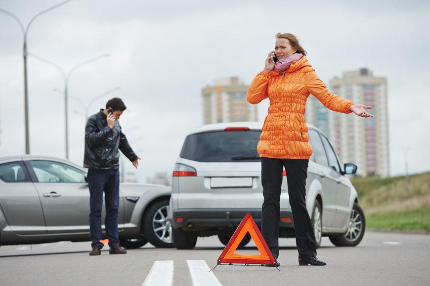 Знак аварийной остановки после ДТП