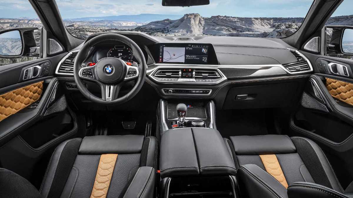 Салон и панель управления BMW X6 M