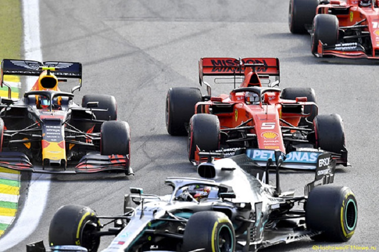 Машины Формулы 1