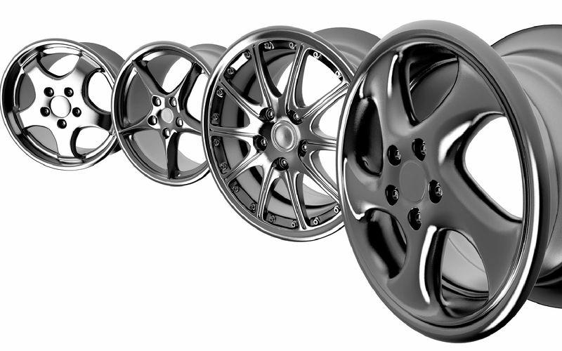 Разные виды литых дисков авто