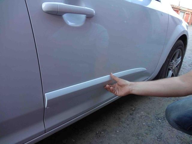 Накладки на двери авто