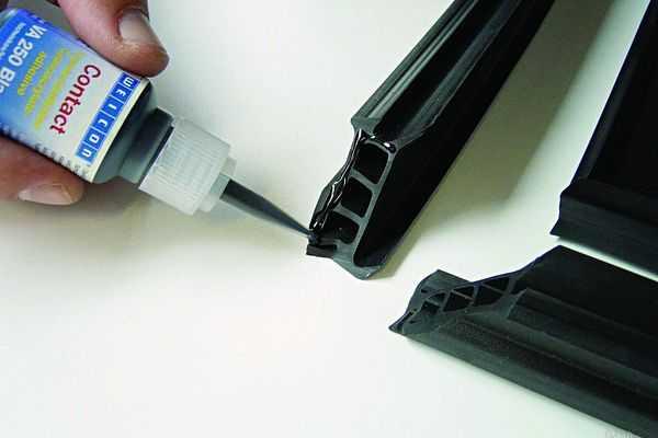 Герметик и уплотнитель для двери авто