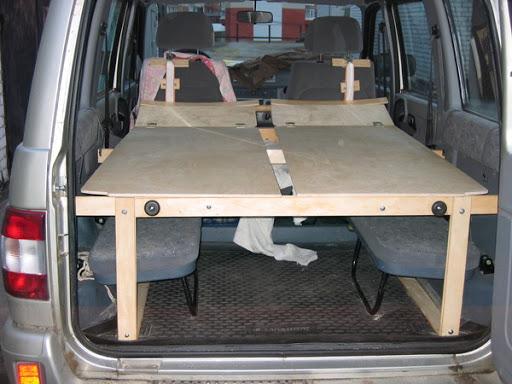 Кровать в авто Патриоте