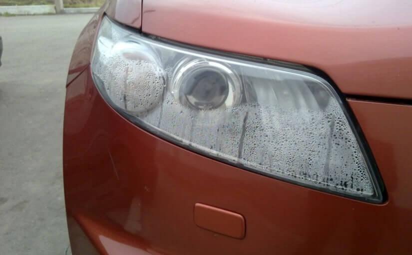 Почему потеют фары автомобиля изнутри