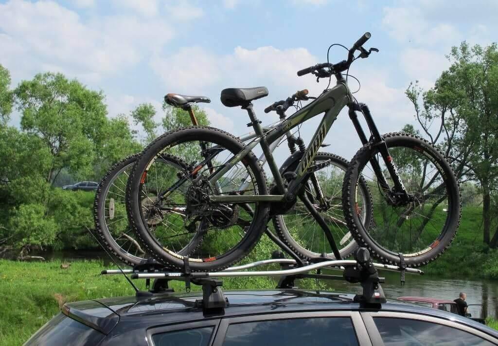 Багажник на крышу для перевозки велосипедов