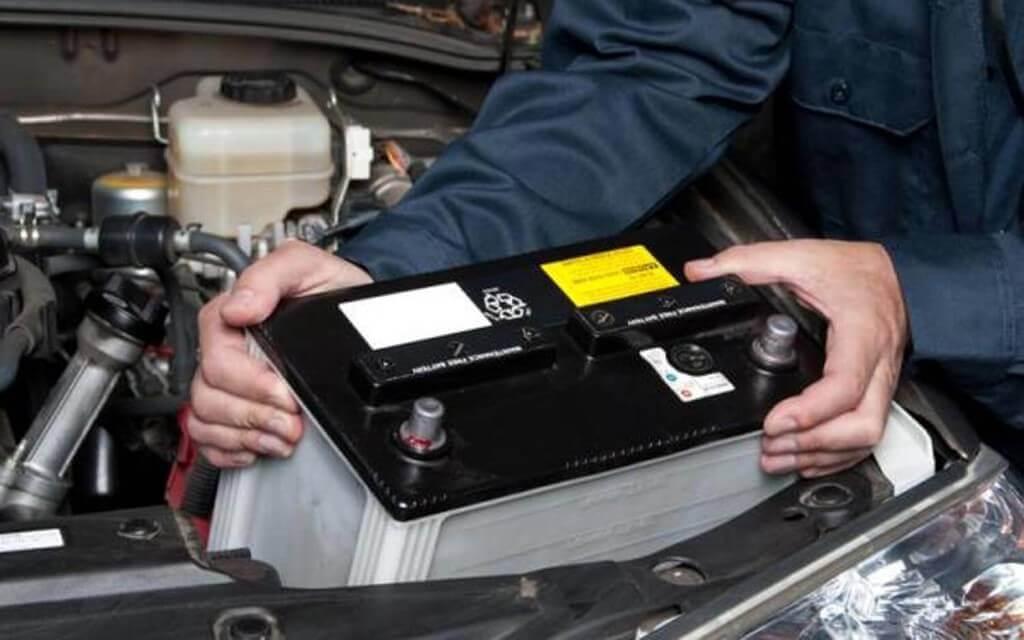 Проверка заряда аккумулятора и его работоспособность