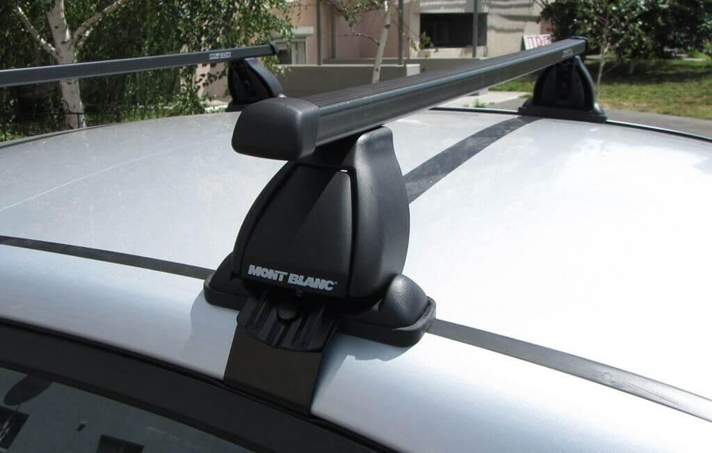 Крепления для багажника на крышу автомоибля